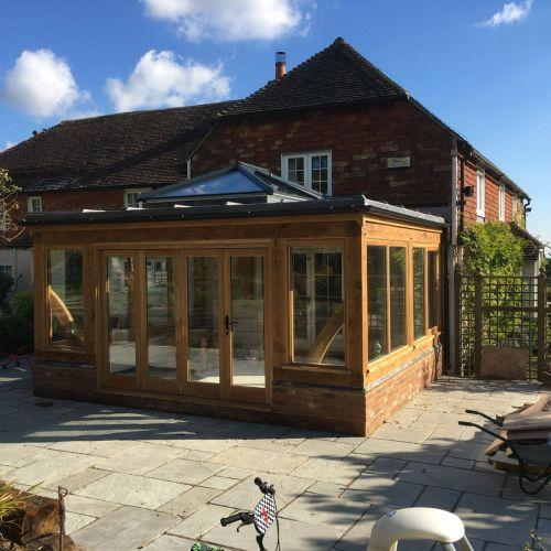 oak-framed-garden-room-with-sky-window.jpg