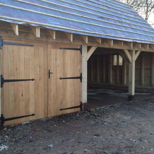 oak-framed-garage-out-building-storage.jpg
