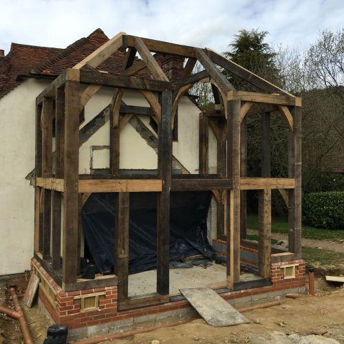 bespoke-oak-framed-extension-build.jpg