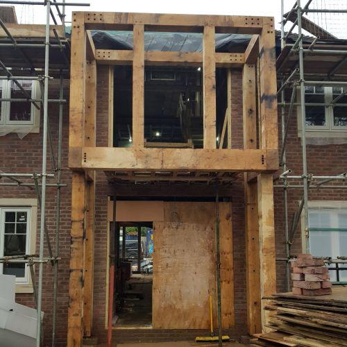 oak-framed-bespoke-extension-house-front.jpg